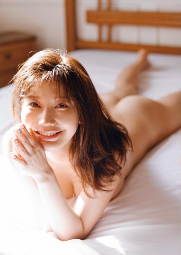 小倉優香お尻2