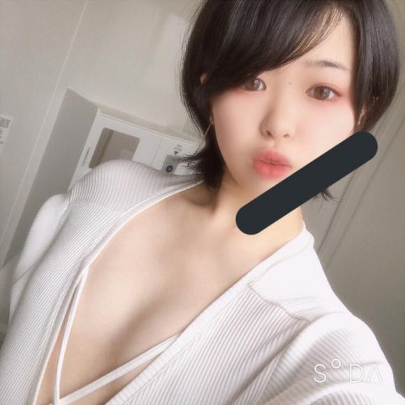 童顔貧乳5