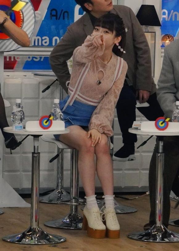 荻野由佳パンチラ3