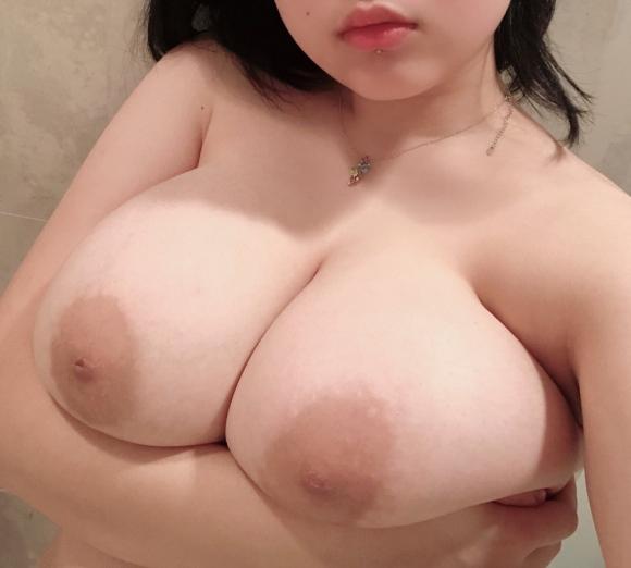超乳おっぱい14