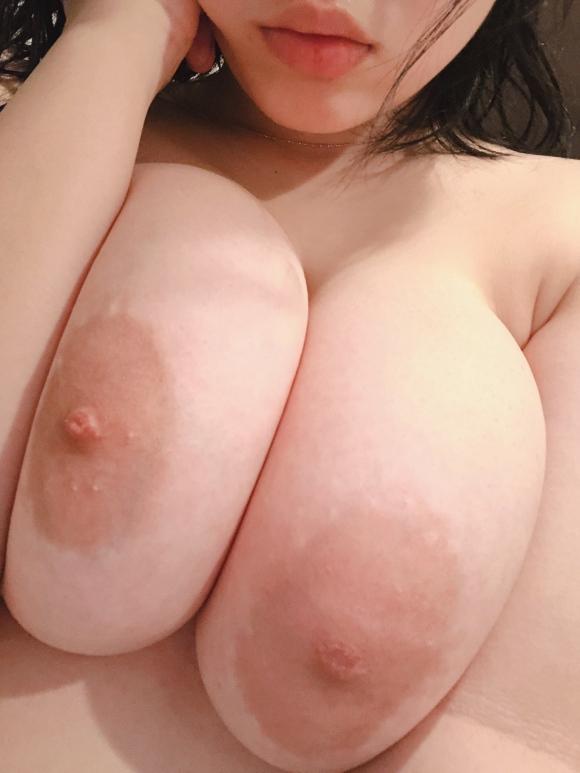 超乳おっぱい19