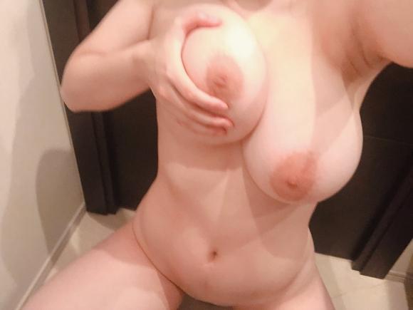 超乳おっぱい21