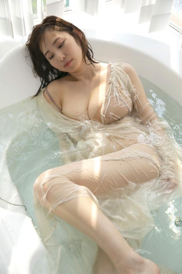 Gカップ塩地美澄アナ6