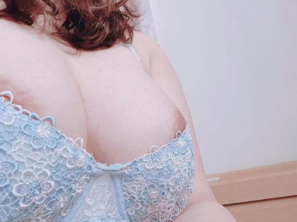 巨乳美人OL21