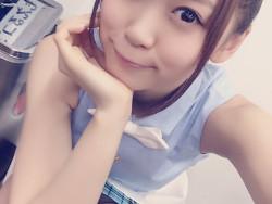i☆Risのプリパラ声優・芹澤優があざとい純白パンツ丸見えをみせつける