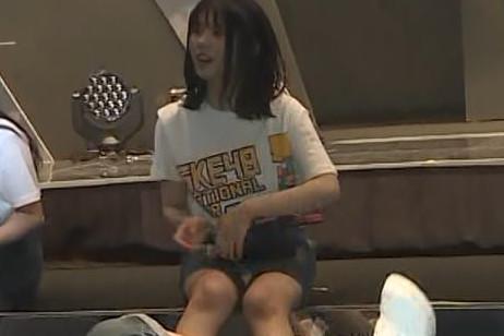 SKE48の全国ツアー2018新潟公演舞台裏で小畑優奈が純白パンチラ