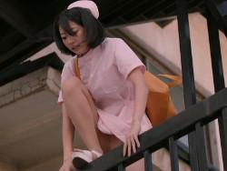ドラマ新しい王様で武田玲奈がナース服でエロいパンチラを晒す